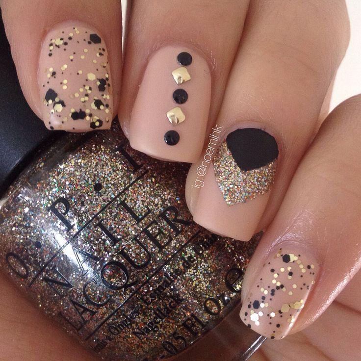 Nails, Nail Art, Nail Design, Manicure, Nail Polish, OPI, Glitter, Studs, Chevron, Circle, Square, Matte, Black, Gold, Nude, Beige