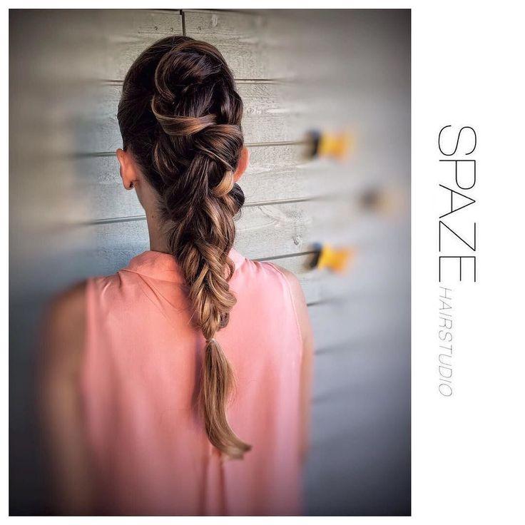 Guten Morgen Euch allen eine gute Woche. #spaze#spazehairstudio#hochsteckfrisur#hochzeitsinspiration#zurich#hairstudio#hairlove##instagood#instastyle#best#hairdresser#kevinmurphy#hairstyle#weddingparty#summer#