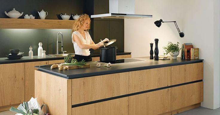 Altijd een stap vooruit - dat is de filosofie van Schuller. Keukenstudio Maassluis is Schüller keukens dealer. In onze toonzaal kunt u terecht voor diverse Schüller showroomkeukens. Maak vrijblijvend een afspraak! #keukenstudiomaassluis #keukens