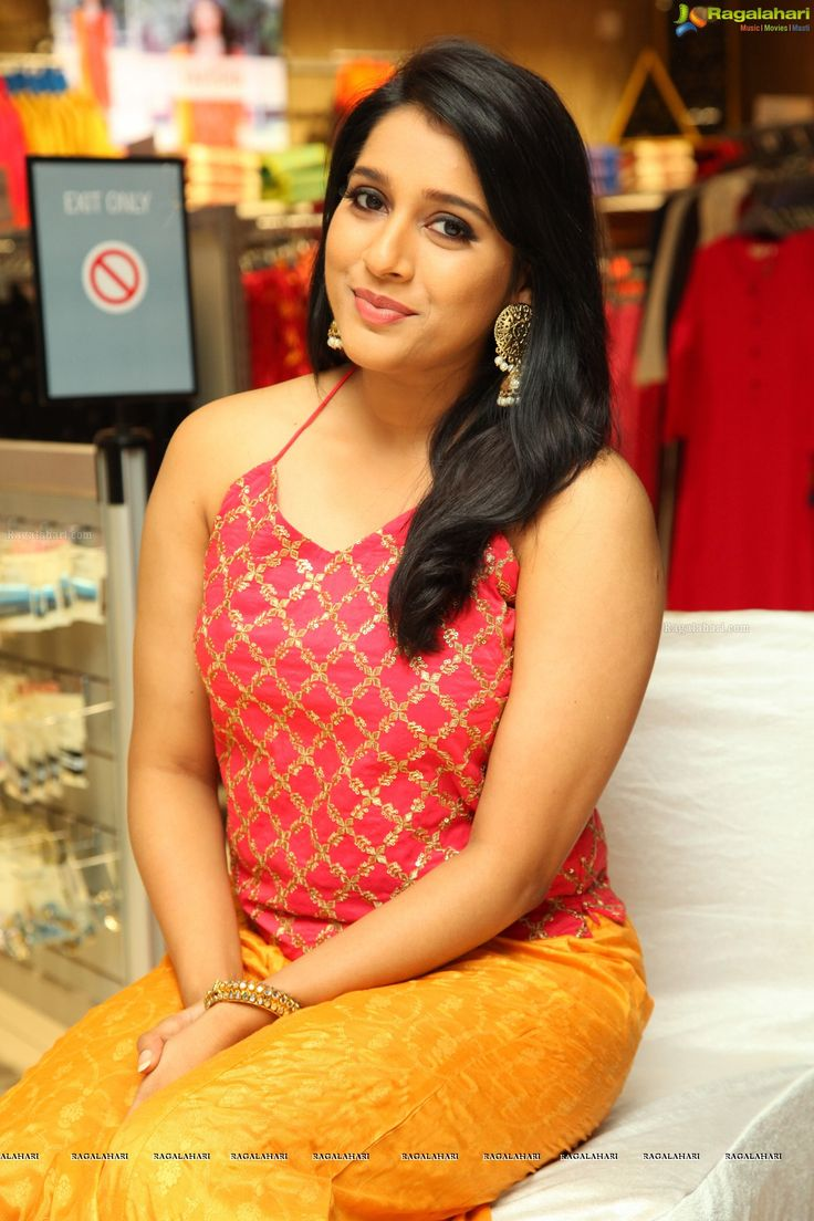 Nazriya Nazim Actress HD WallPapers - Telugu Mp3, TeluguWap, Telugu New Mp3, Telugu old mp3