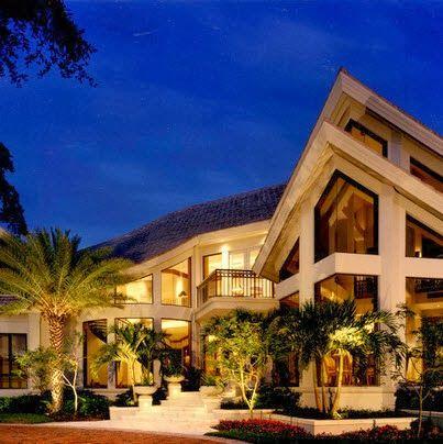 Fachadas de casas de lujo dise o l neas y estilos fotos - Fotos de casa de lujo ...