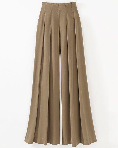 Wide & full pleated pants
