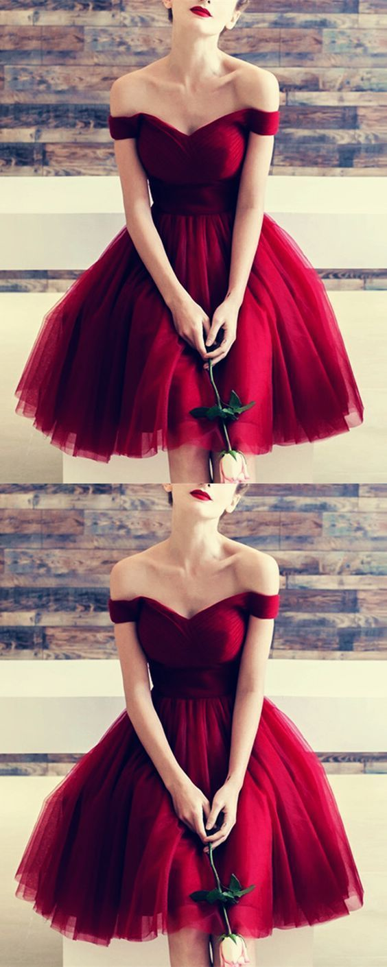 Off the Shoulder Maroon Homecoming Dresses Tulle Knee Length Burgundy Hoco Dress…