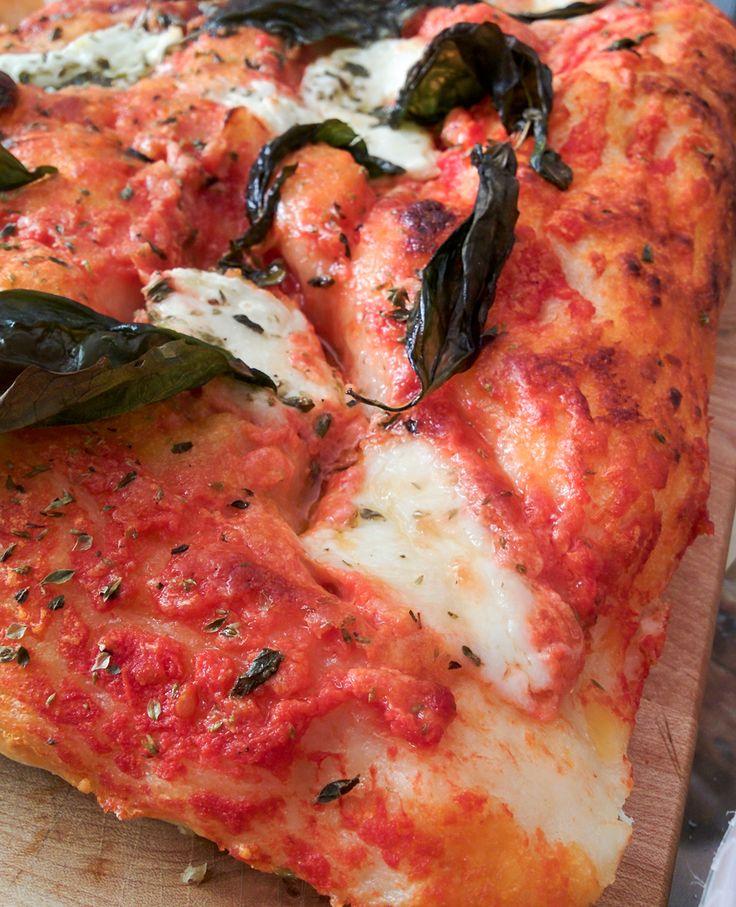 les 25 meilleures id es de la cat gorie recettes de pizza margarita sur pinterest pizza faite. Black Bedroom Furniture Sets. Home Design Ideas
