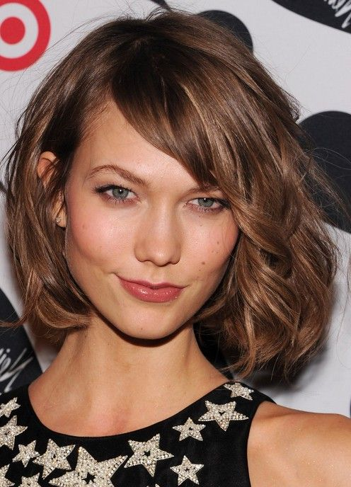 med length haircut karlie kloss chin length bob haircut for thick hair 2886 | aa2b38b0056d92d5e27066e2fc6a86f7 short curly hairstyles medium length hairstyles
