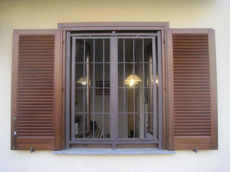 Oltre 25 fantastiche idee su finestre in acciaio su - Grate finestre in ferro ...