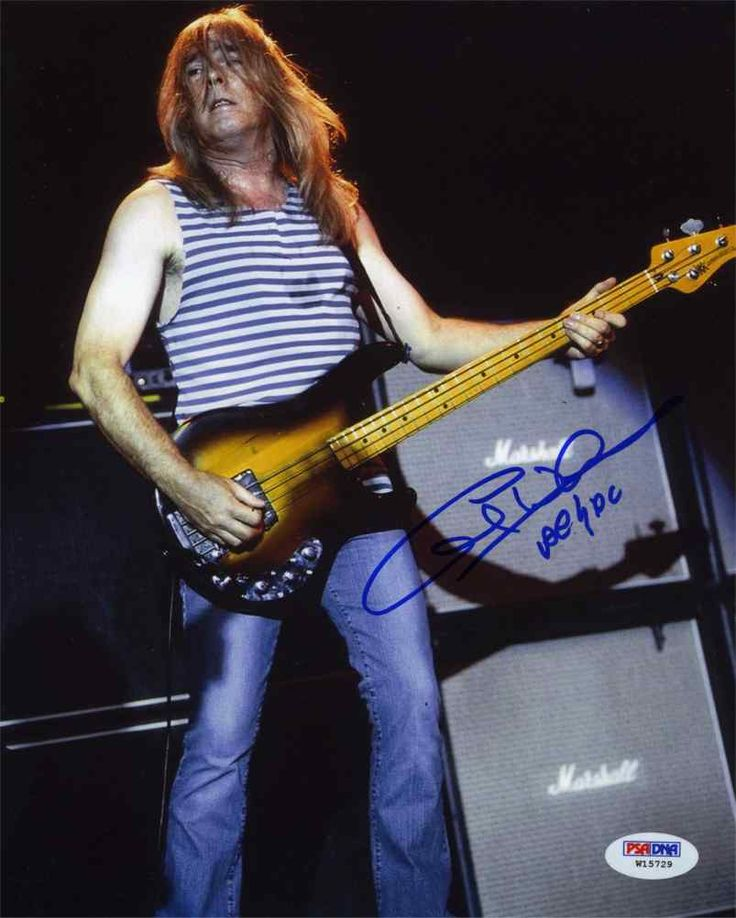 Cliff Williams AC/DC Signed 8x10 Photo Certified Authentic PSA/DNA