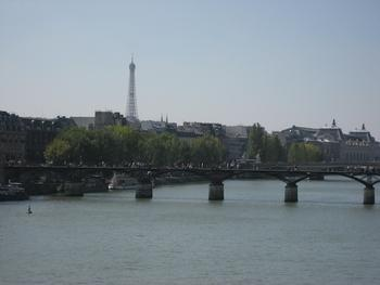 Study Abroad in France Tips: 72 Killer Resources