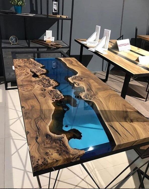 Resine Transparente Epoxyde De Bati De Section Epaisse Pour La Table Basse De Table Meuble A Fabriquer Soi Meme Decoration Interieure Et Exterieure Deco Maison