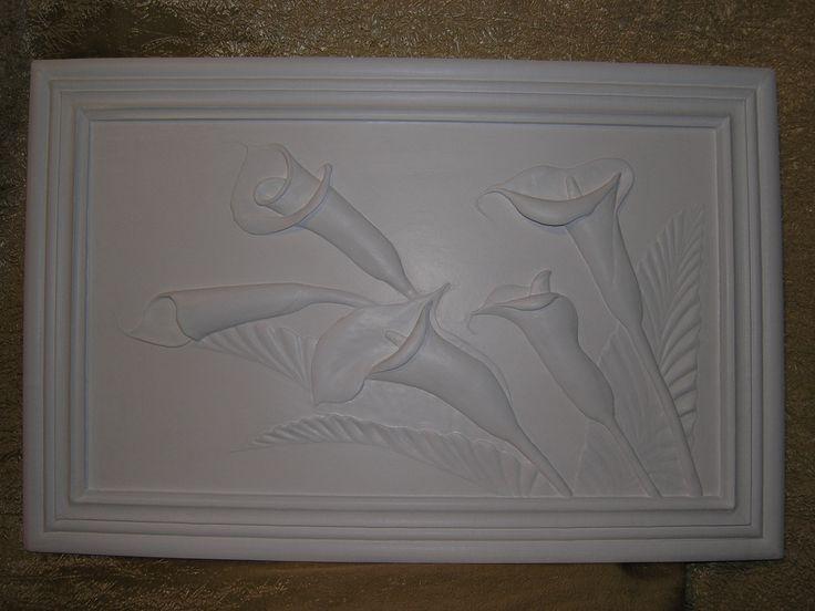 """Объемная картина """"Каллы"""". Ручная работа. Гипсовая шпаклевка, акриловая краска, основа - плита осб."""