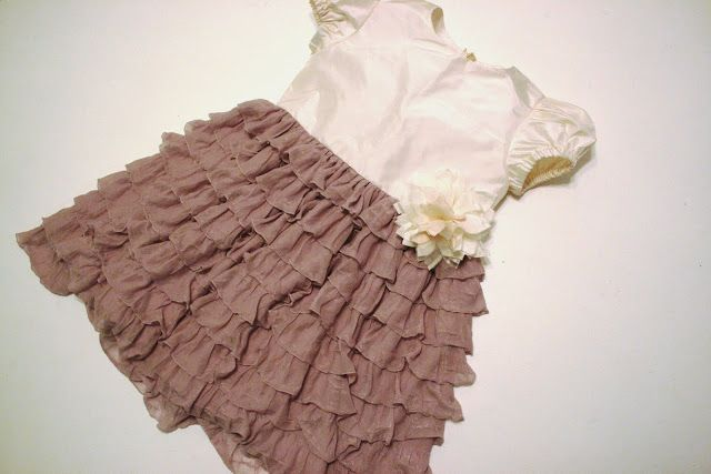 Adventures in Dressmaking: Tiny flower girl dress of Ruffle Fabric: Tutorial!