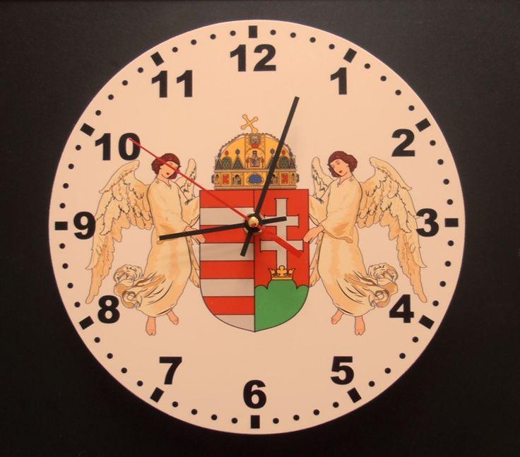 Angyalos, Magyarország címeres nemzeti óra. Átmérő 25 centiméter.