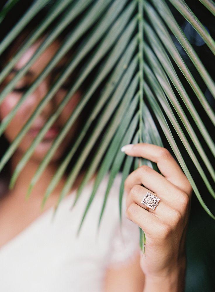 Tropical & Minimal Wedding Decor at Haiku Sugar Mill | Maui, Hawaii Styled Wedding Shoot