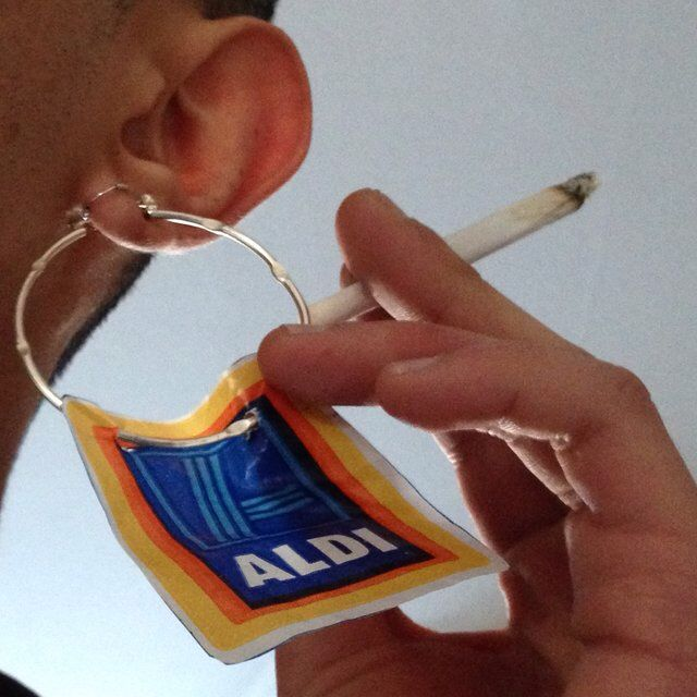 Look what I just found on Depop ✋  http://shop.depop.me/wj.c.v?utm_campaign=client-share&utm_source=generic&utm_term=offgloss&utm_medium=message&utm_content=livablendstrup&referrer=depop%3A%2F%2Fproduct%2F37606476&user=offgloss&yozio_iphone_deeplink_url=depop%3A%2F%2Fproduct%2F37606476&yozio_android_deeplink_url=depop%3A%2F%2Fproduct%2F37606476&yozio_use_custom_scheme_in_safari=true&vs=1