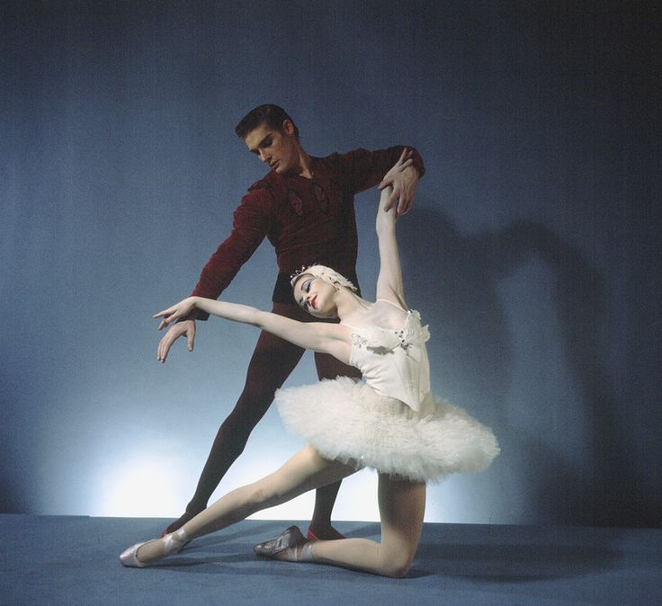 """New York City Ballet -Studio photo of Violette Verdy and Conrad Ludlow in """"Swan Lake', choreography by George Balanchine (New York)"""