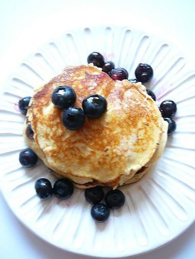 Ricottové lívanečky s javorovým máslem / Ricotto Pancakes with Maple butter
