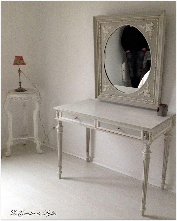 Bureau louis xvi patin encadrement de miroir louis xvi for Meubles patines