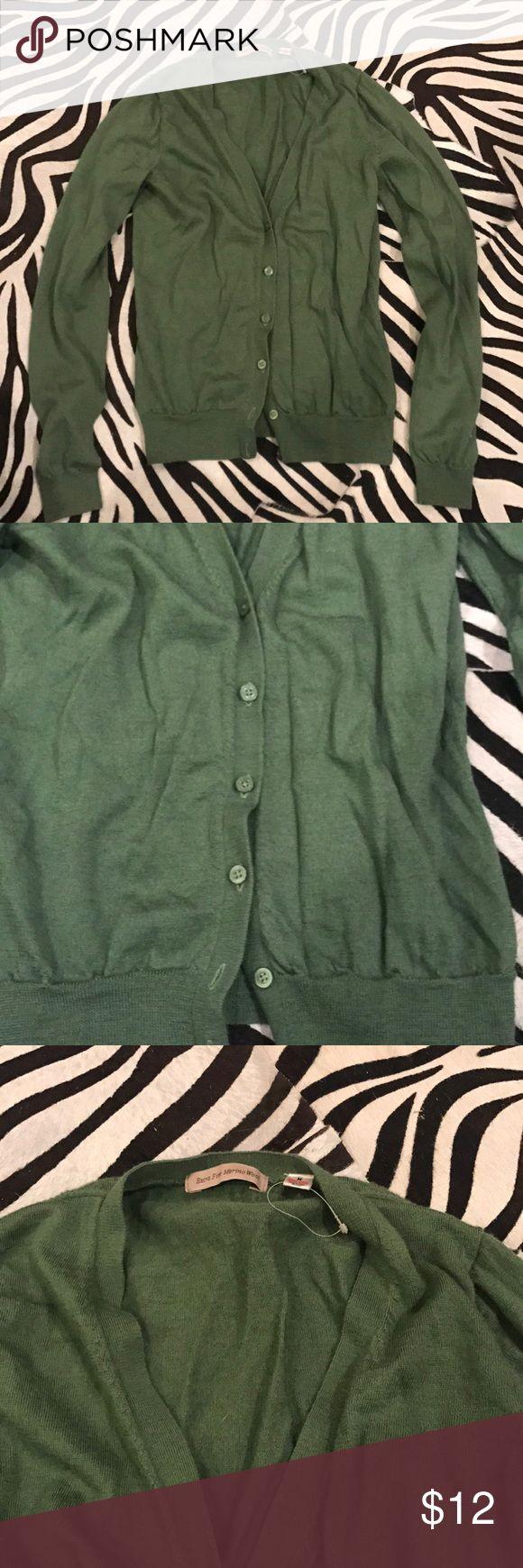 Uniqlo cardigan Merino wool olive green cardigan Uniqlo Sweaters Cardigans