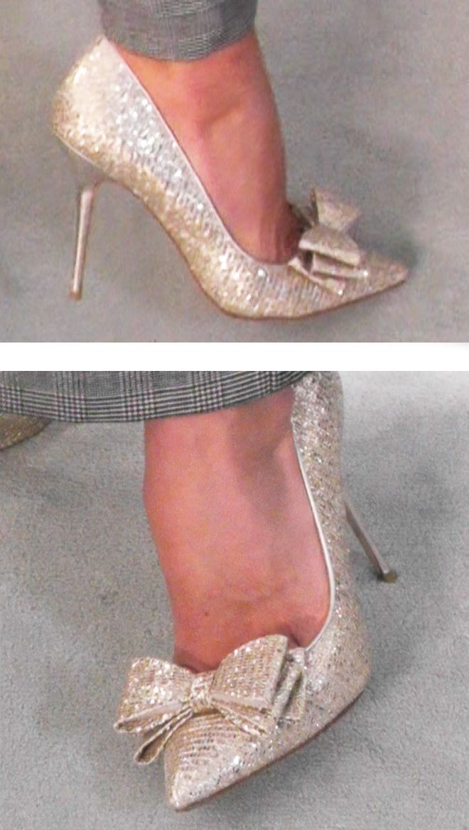 Kelly Ripa's Lucy Choi sparkly bow Heels. Kelly and Michael