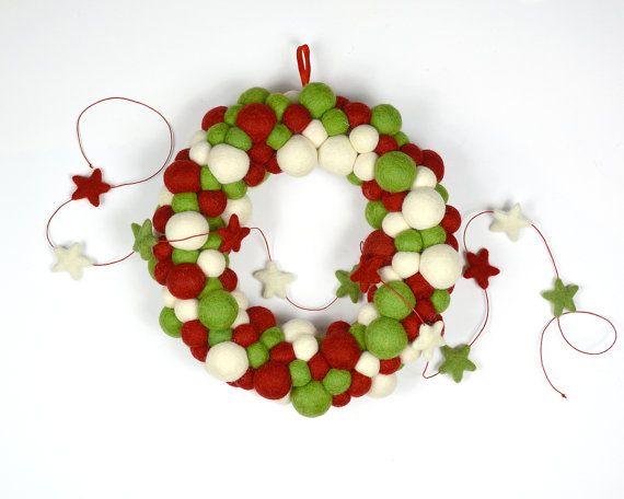 Red White Green Wreath and Star Garland by AzaleaCottageCrafts.