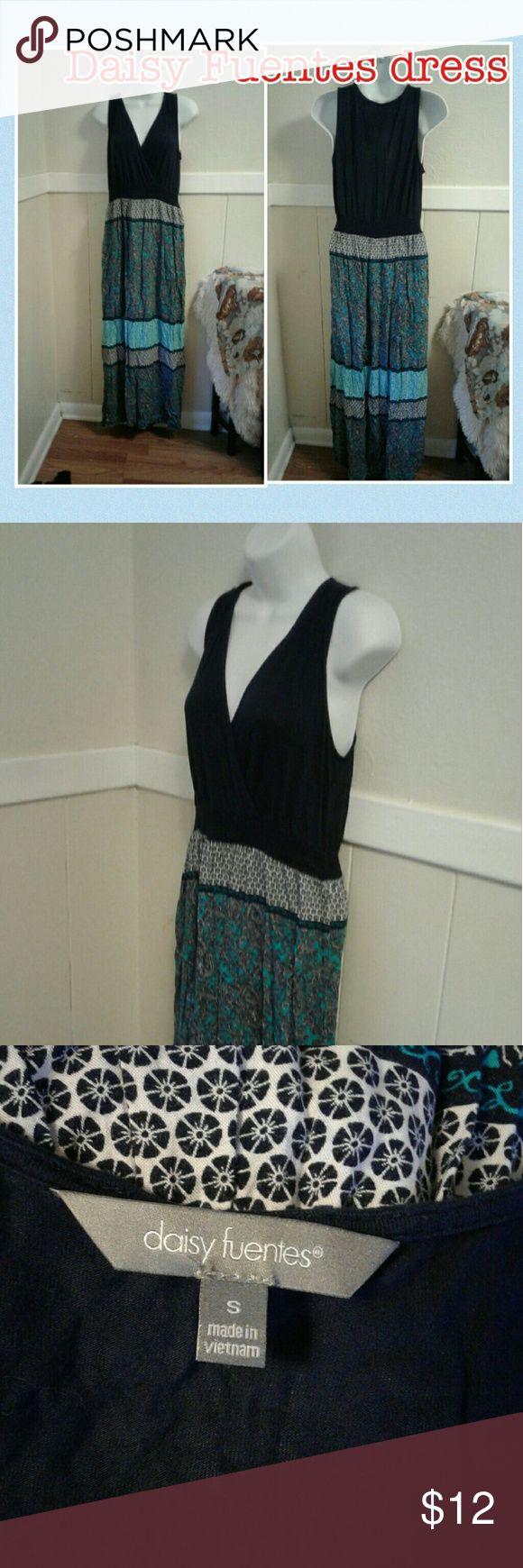 Daisy Fuentes maxi dress Daisy Fuentes maxi dress looks new Daisy Fuentes Dresses Maxi