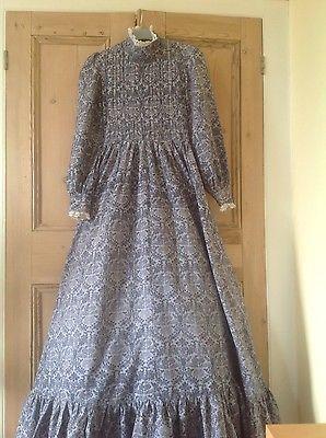 vintage-RARE-LAURA-ASHLEY-MAXI-dress-Size-8-collectable