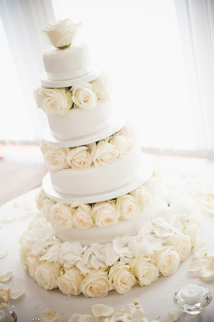 Cake - flowers by jemma holmes