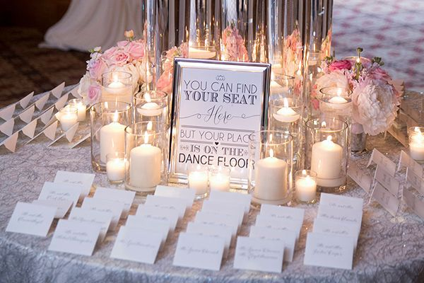 Hoping your wedding reception will turn into an unforgettable dance party? Nudge your guests toward the dance floor with this fun sign.