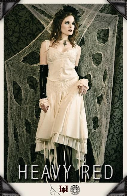 Neo Victorian And Edwardian Touches To Modern Day Gothic Fashion Find This Pin More