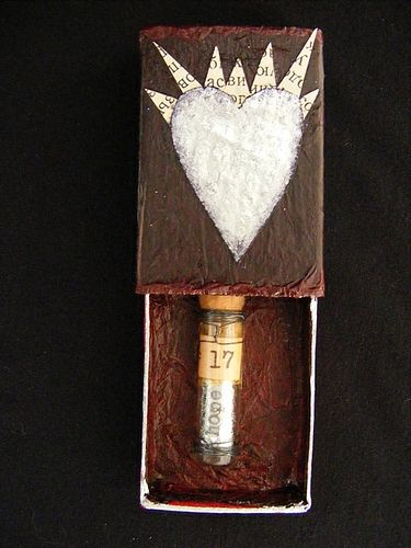 matchbox shrine by alteredmommy, could use for middle school mixed media 3D - not as a shrine, necessarily  :-)