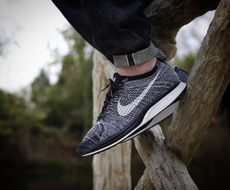 "Nike flyknit racer ""oreo 2.0"" by @fivetok #flyknit #flyknitracer #flyknitheat #flyknitclub #g1runners #sneakersmag #runnersclubuk #klekttakeover #sneakerplaats #hichemog #tijoojit #joyaparis #therealblacklist #sadp #crepecity #snkrhds #runnerwally #sneakersaddict #womft #runnergang #sneakerheaduk #thedropdate #trocsneakers #weartga #sneakerfreakerofficial #44runners #runnersonly #thewordonthefeet #wdywt #complexkicks by krykor"