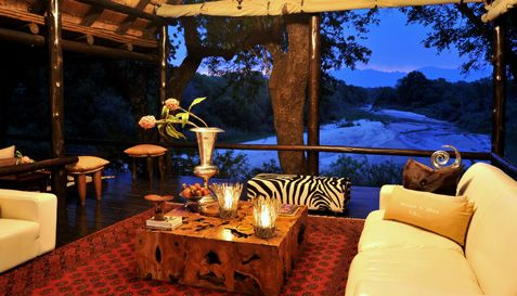 Kuname River Lodge dominates the Kruger National Park area as a resplendent Karongwe Game Reserve hotel, perfect for the pleasure seeker.
