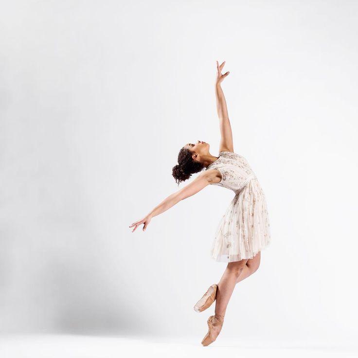 картинки балерин в прыжке прошлой конференции