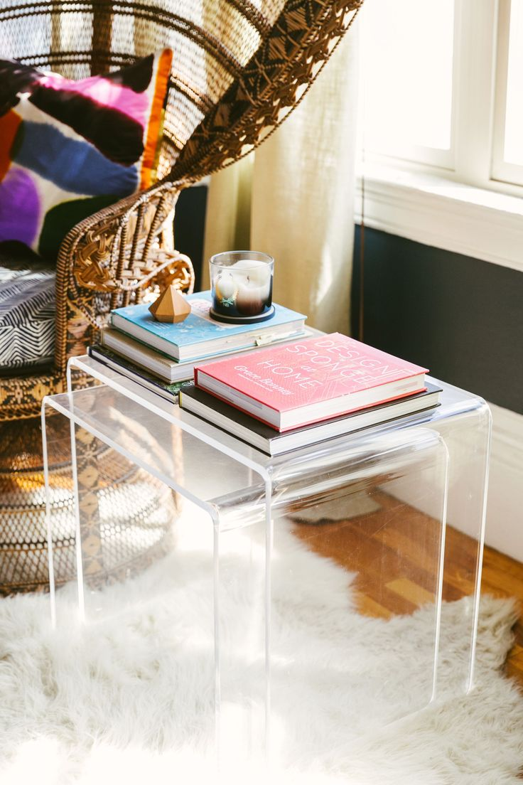Best 25 Lucite Table Ideas On Pinterest Acrylic Table