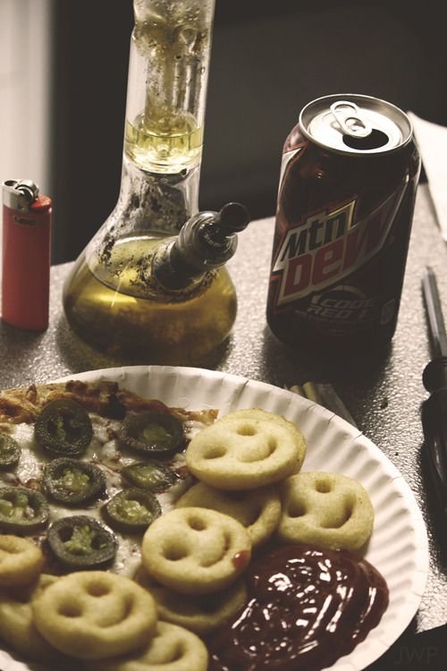 1000 images about bongs pipes and bud on pinterest