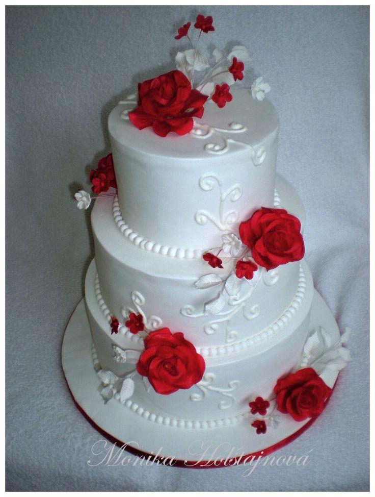 svatební s rudými růžemi