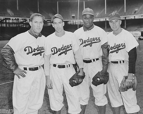 jackie robinson and pee wee reese relationship