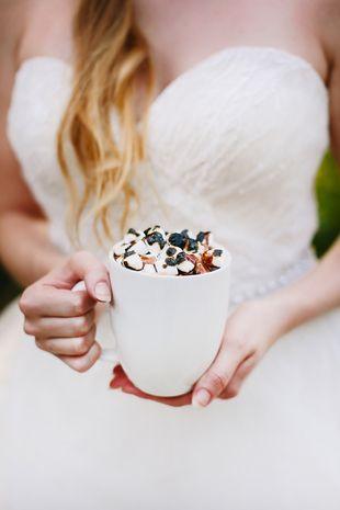 Fall or winter wedding drink idea - hot chocolate with toasted marshmallows! {Al Gawlik Photography}