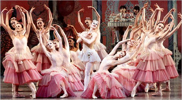 "The New York City Ballet's 2000 production of the George Balanchine version of ""The Nutcracker"