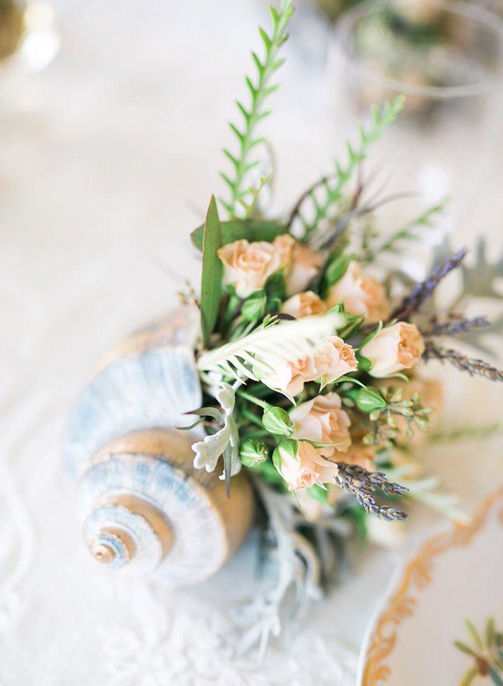 seashell wedding centerpiece ~ we ❤ this! moncheribridals.com