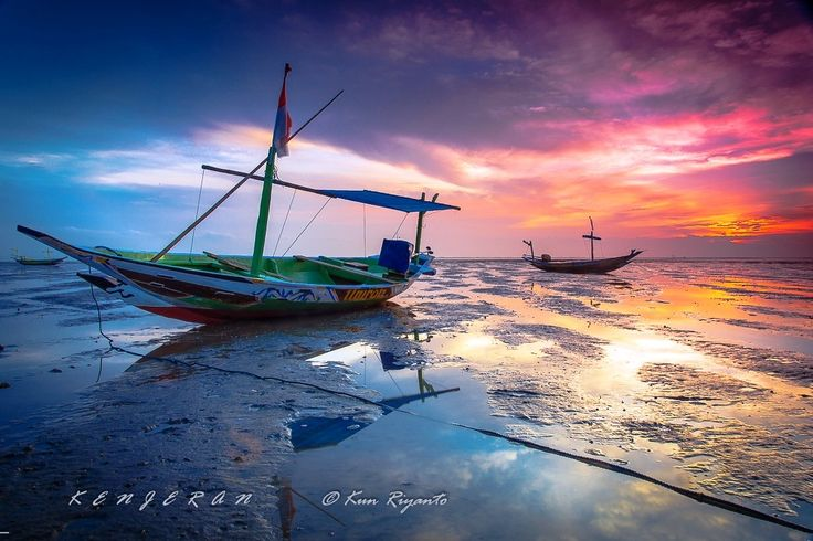 Traditional boats at Kenjeran Beach by Kun Riyanto on 500px