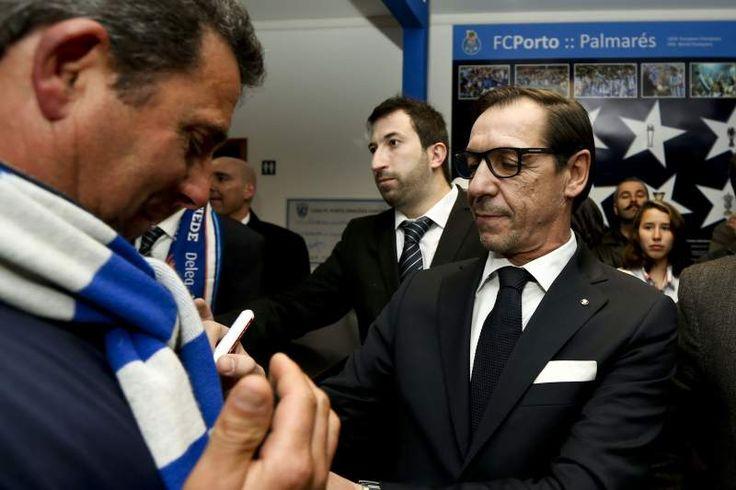 O antigo avançado do FC Porto, Fernando 'Bibota' Gomes, vai assumir o cargo de diretor de prospeção do emblema portista, avança este sábado o jornal A Bola