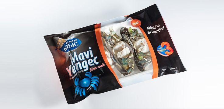 Mavi Yengeç Dünyanın nadir bölgelerinde yetişen mavi yengeç, lezzetinin yanısıra yüksek protein arz etmesi nedeniyle de önemli bir ticari değer taşıyor. Bu özellikleriyle sadece ülkemizde değil, dünyada da pek çok gurmenin sofralarında baş köşede yer alıyor.