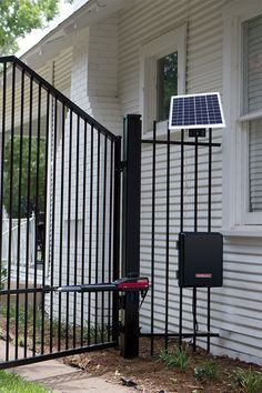 This best-in-class solar-optimized swing gate operator provides unmatched reliability even when power isn't readily available.