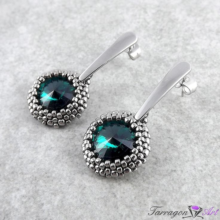 Tarragon Art - MODERN Collection - Emerald, Stainless steel post earrings, beading <3