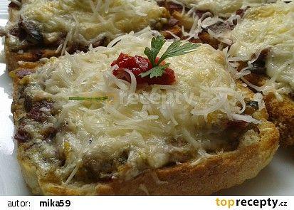 Tousty se žampiony a sýrem recept - TopRecepty.cz