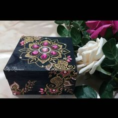 """115 Likes, 9 Comments - Elly Khanam Mehndi Artist (@ellykhanam.henna) on Instagram: """"Throwback to one of the pics my customer posted of her jewellery box in its new home! Loved the…"""""""