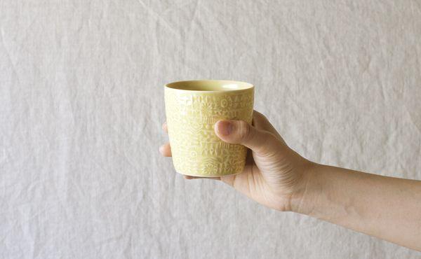 最初のひとつ黄色<BIRDS'WORDS / PATTERNED CUP [yellow]