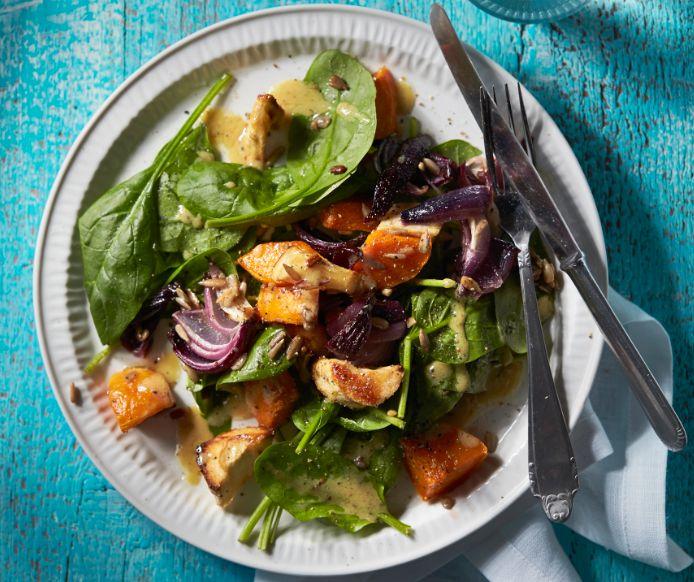 Salade van geroosterde winter groenten
