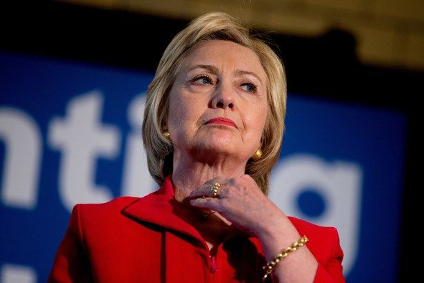 Di male in peggio: la Clinton pone le premesse per relazioni sempre più ostili…